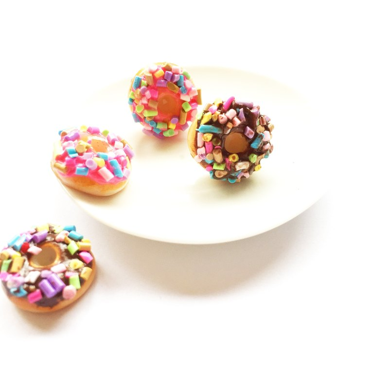 Earrings donut flavor