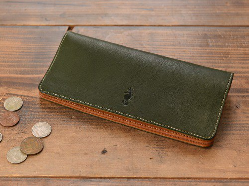 [Cogocoro x Takumics collaboration] Long wallet moss green made with Tochigi leather