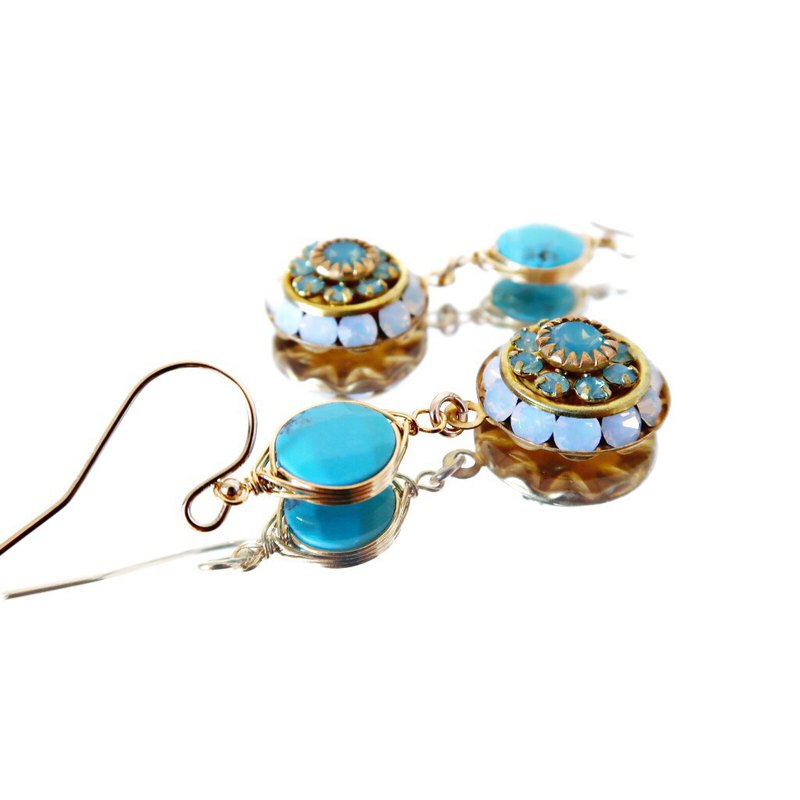 14KGF/ VINTAGE SWAROVSKI TURQUOISE EARRINGS
