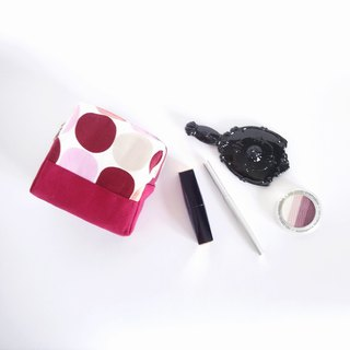 Square Block Pouch (Red Pink Circles)