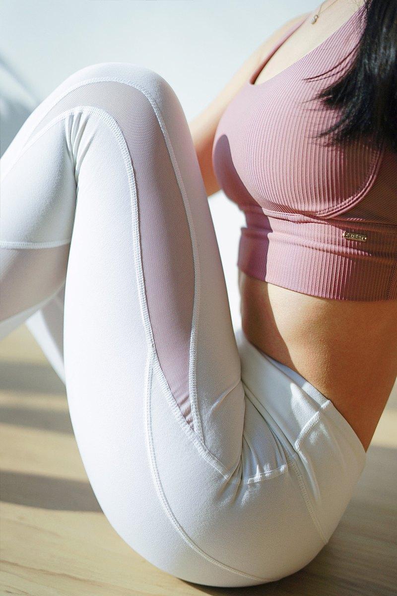 【FlexiFlow】線條美Bow 超彈棉感網紗8分運動長褲-2色