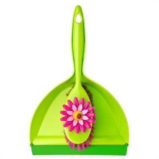 Spanish brand Vigar- holding flowers broom dustpan set