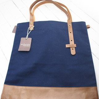 Travelholic Tote Bag- Navy Blue