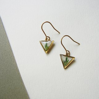 *coucoubird*fern series - mini triangle earrings