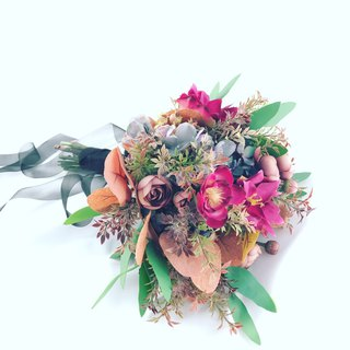 Simulation bouquet - colorful purple hand tied bouquet artificial bouquet wedding outside shot