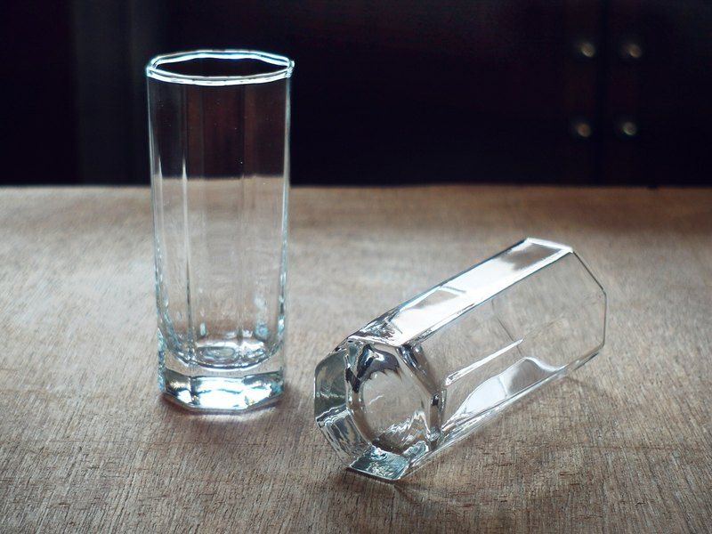 Early imported transparent cups - octagonal • Fine (tableware / glass / geometric / simple / juice)