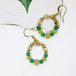 Yellow green circle chalcedony brass earrings ear clip