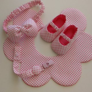 Little pink flowers births gift ribbon bibs + + + pacifier clip baby shoes