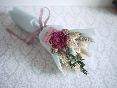 ♥ daily ♥ Elegant woman wind drying bouquet / Valentine's Day / birthday party / anniversary / graduation bouquet