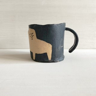 Hand pinch pottery cup - black handmade illustration