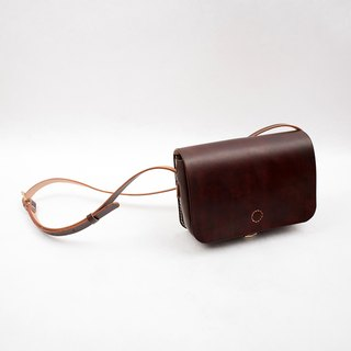 [Cutline pie] delicious bread leather handmade retro small messenger bag female bag small square bag female Messenger bag