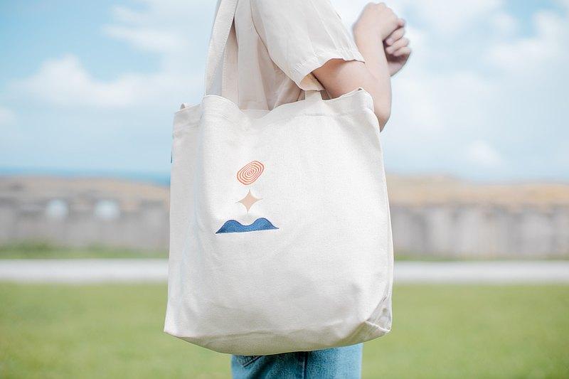和平刺繡三用包