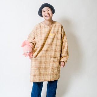 Fried shrimp / wide dress  / light orange plaid
