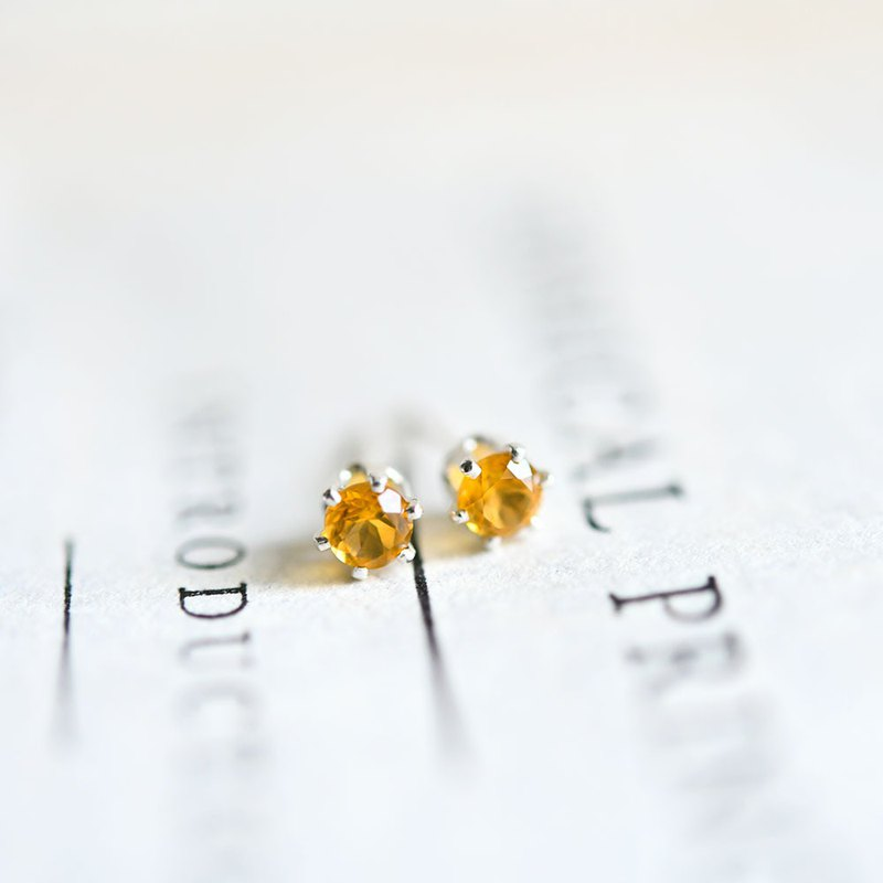 金黃水晶耳针4mm的5月11日誕生,象徵著希望的繁榮和財富和好運石聯誼會