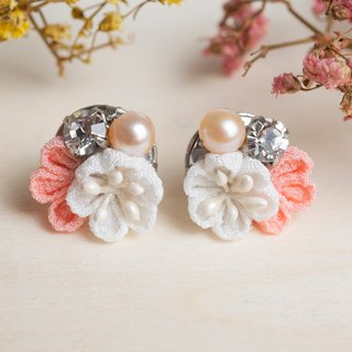[Little Bell] つまみ Fine Work / Freshwater Pearl Crystal and Wind Cloth Flower Earrings (Pink Orange)