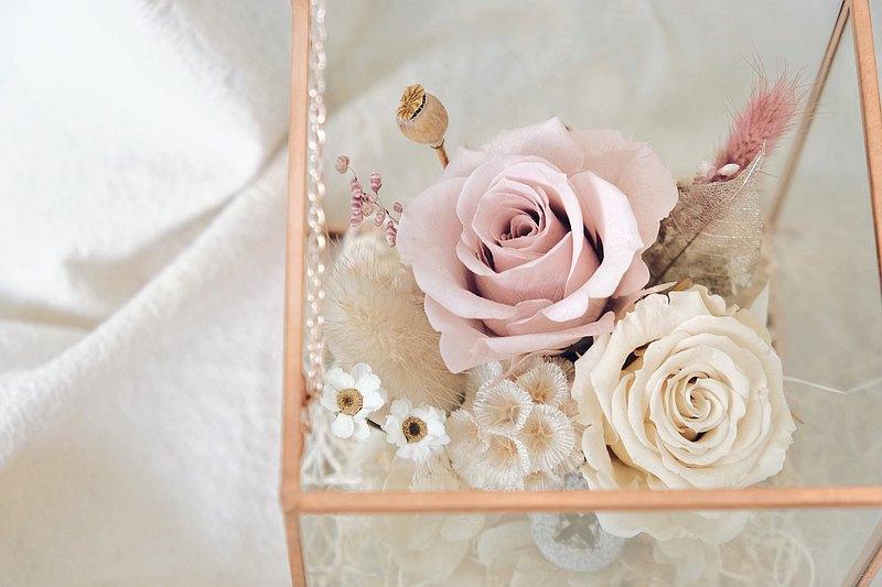 Blossom 櫻花粉永生花玻璃寶盒 浪漫約會之首選 求婚 生日 情人節
