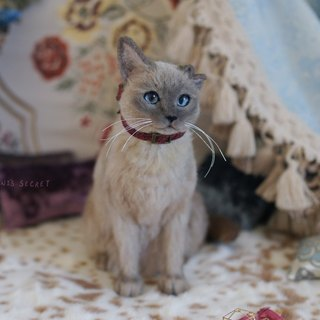 MINI'S SECRET ~ handmade wool felt special ordered a highly realistic simulation engraved Tonkinese cat -