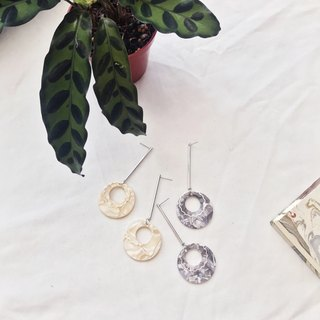 Marygo ﹝ long line creamy grapefruit ﹞ earrings