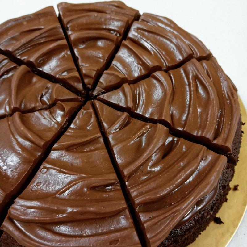 烏龍生巧克力蛋糕(八吋)