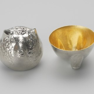 Gold foil zodiac modeling cup (sheep)