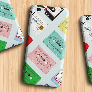 Cassettes - mint Phone case