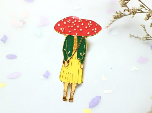 Miss Mushy's Hostel - Miss Laura Brooch/Pin