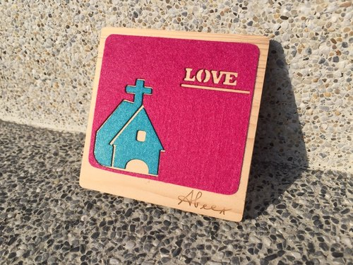 Chapel Day hearts and articles every night - Wood / water / coaster {ABEET}