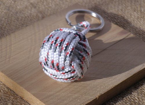 Monkey fistknot key ring - white green red