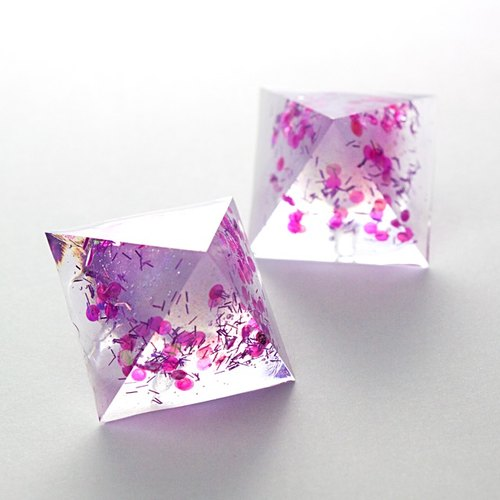 Thermo pyramid earrings (Peach & Berry)