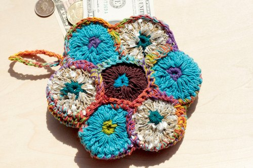 Limited a folk style handmade cotton thread crocheted purse / storage bag / cosmetic bag - Gradient Flowers Purse