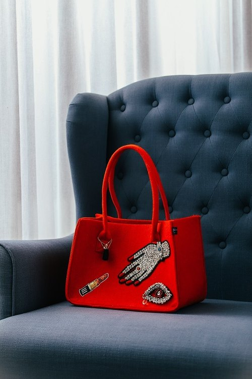 Bead eyes hand mouth red life simple shopping bag work class commuter package leisure holiday mother bag
