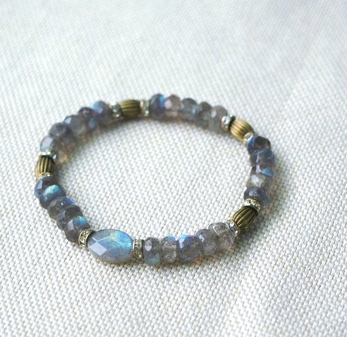 High quality labradorite Bracelet