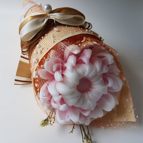 Charming chrysanthemum bouquet fragrance soap