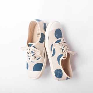 Bandage Sweet Pepper Day | Blue Dot Ladybug Flower Cloth Shoes. Extra Wide Edition Comfort. Japanese Fabric. Leather Insole