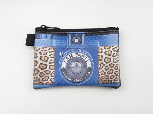 | I AM PARTY | handmade oil canvas leather wallet - leopard monocular camera 【buy to send brand badge or leisure card stickers x1】