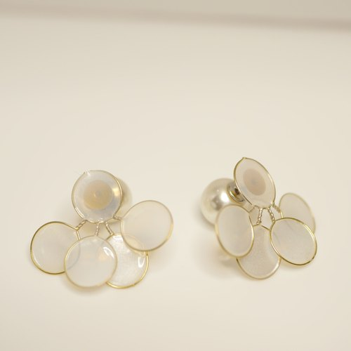 ﹝ 单 作 ﹞ Split - series earrings / white
