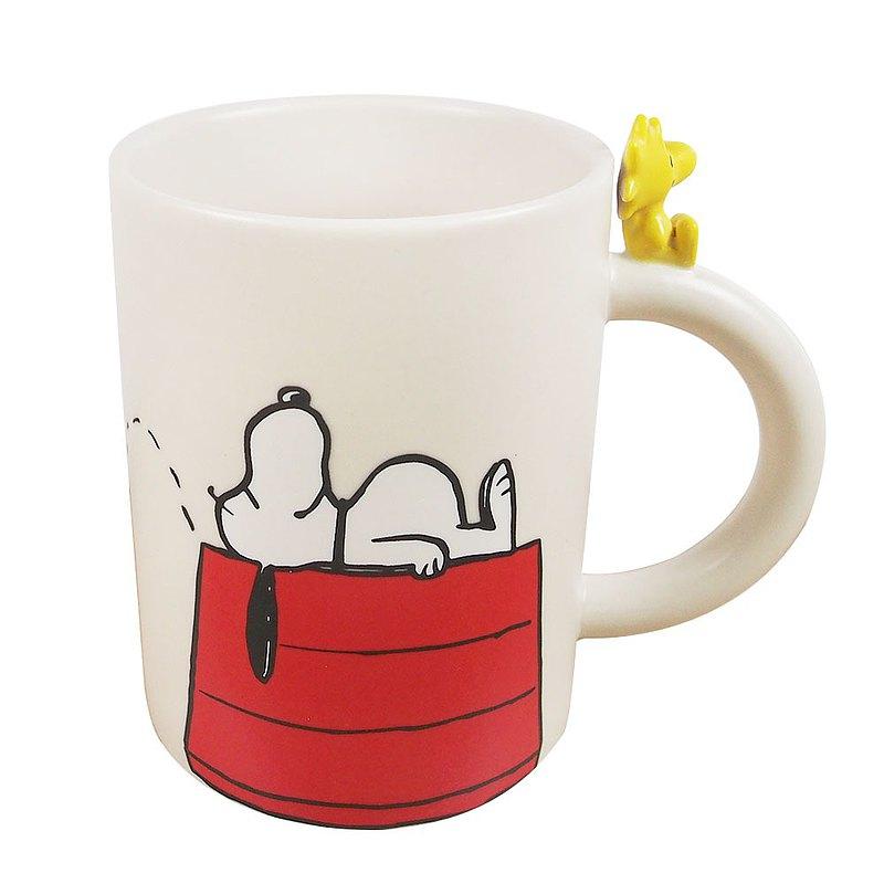 Snoopy造型馬克杯-躺在紅屋上【Hallmark-Peanuts史努比馬克杯 】