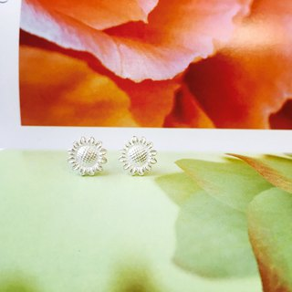 925 sterling silver enthusiasm clear [flower series sunflower big ear pin]