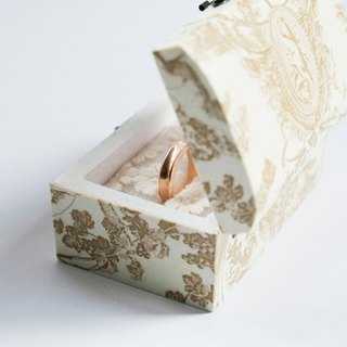 Customized Signature Handmade - Wedding / Engagement Ring Box