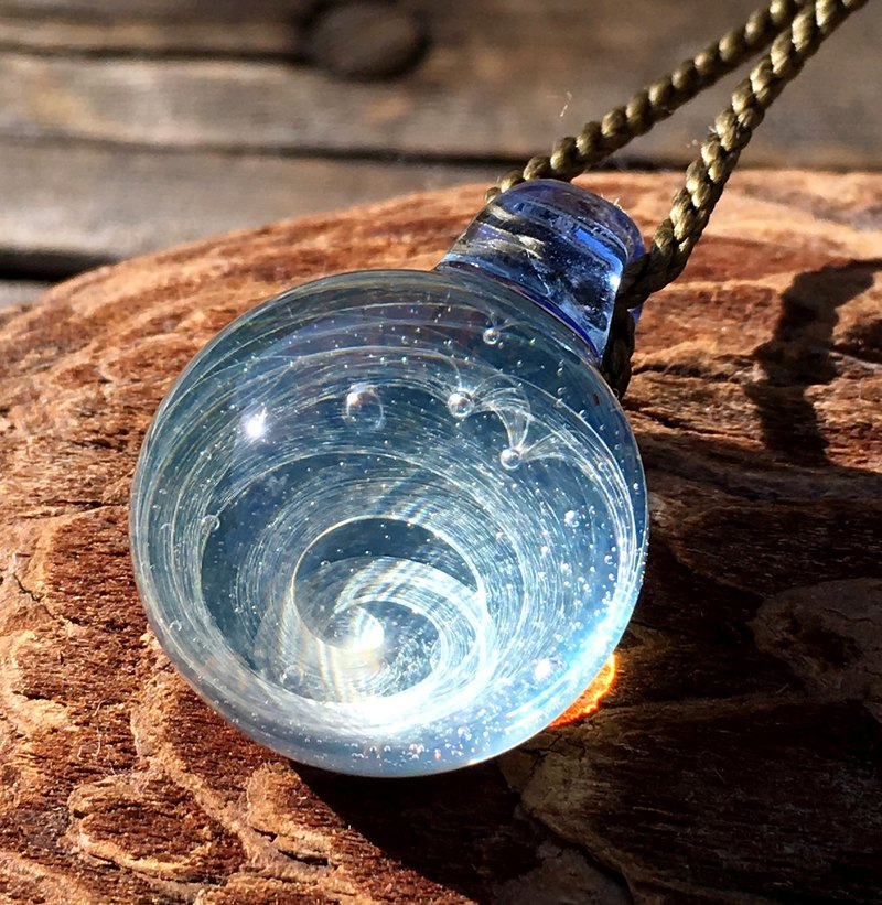 boroccus  Glacial marble pattern  Glass pendant.