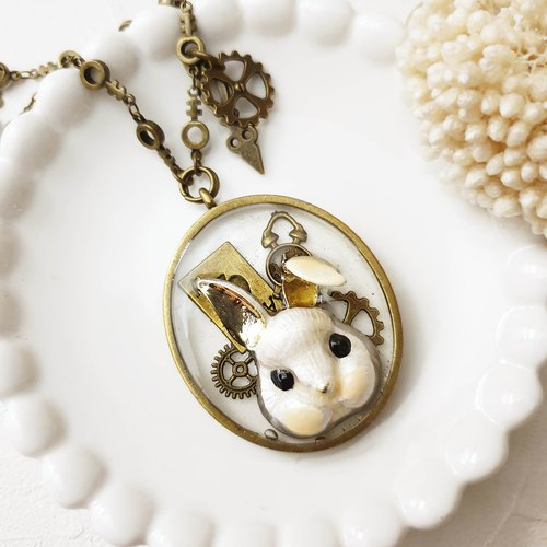 Alice In Wonderland x Vintage Long Necklace【Cn0182-w】 White Rabbit + Gear + Hearts Poker /// Can change leather cord