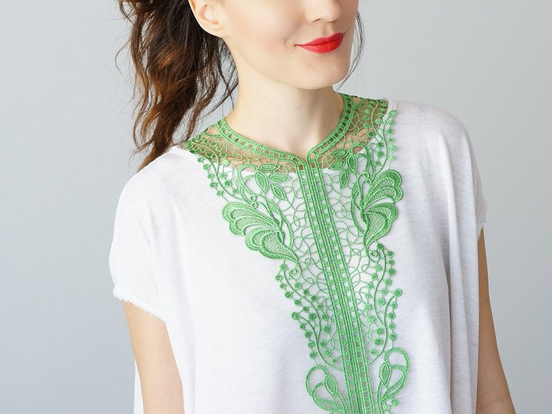 GREEN Clothing Gift Necklace Venise Lace Necklace Lace Jewelry Bib Necklace Statement Necklace Body Jewelry Gift/ JELSI