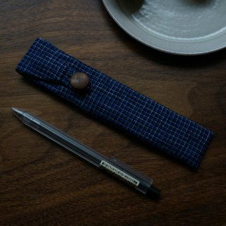 Ramie old cloth plant blue dyed cloth soil cloth old cloth wood buckle pen bag out portable storage bag