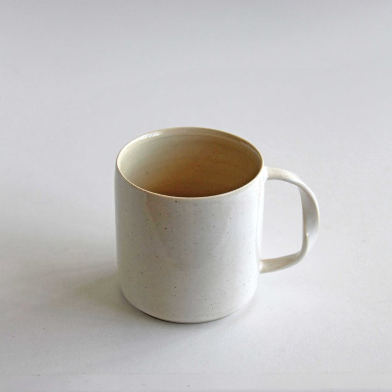 Handmade Ceramic Flow Cup - Milk White