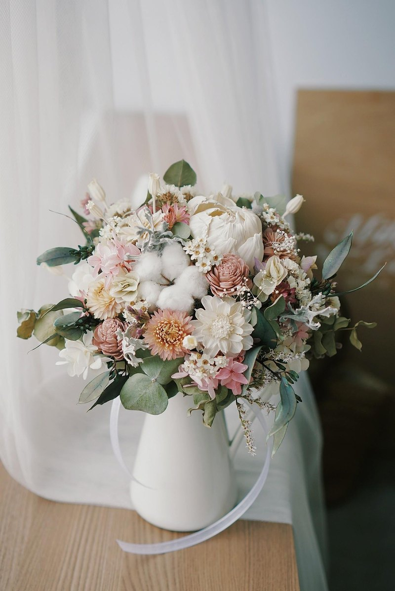 Goodlily Pink White Elegant Round Bridal Bouquet Of Dried Flowers