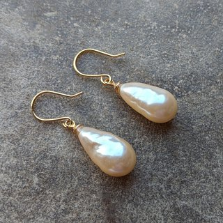 Vintage Glass Baroque Pearl Earrings