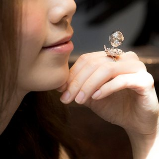 Glass ball dandelion water flower ring