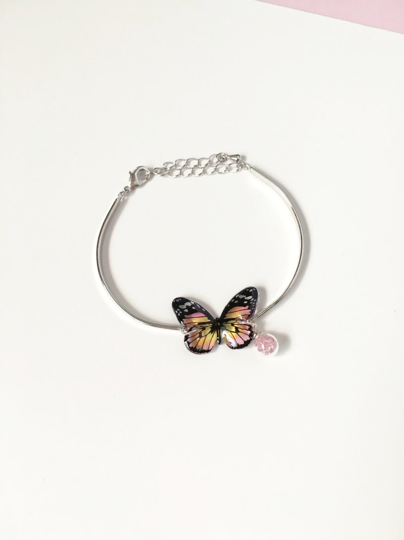 *Haku‧Neko* Hand painted Pink and Yellow Chubby Butterfly 925 Sterling Silver Bracelet