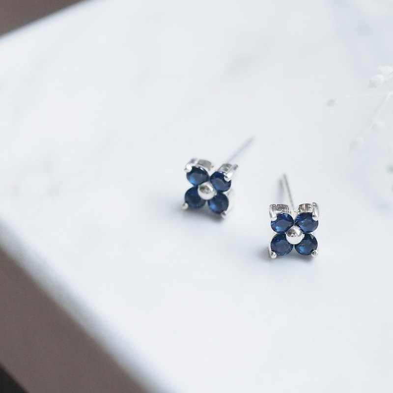 Sapphire Flower Earrings Silver 925