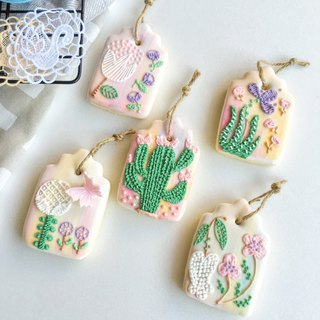 Sugar cookie • graduation gift best choice! Embroidered bookmark! Hand painted floral design biscuit combination**Before ordering, please consult the schedule**